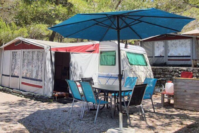 Počitnice v kampu | Tisno